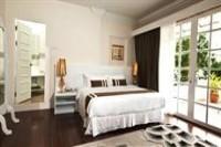 Deluxcious Heritage Hotel Room