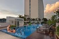 Eastin Hotel Pool
