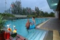 Evergreen Laurel Hotel Pool