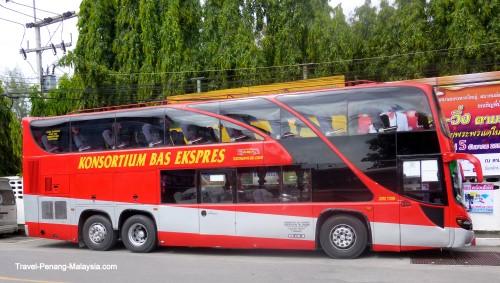 Konsortium Bas Ekspres Bus in Hat Yai Thailand