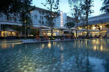 Lone Pine Hotel in Batu Ferringhi