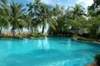Rainbow Paradise Beach Resort Swimming Pool
