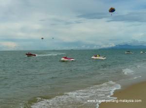 Water sports at Batu Ferringhi