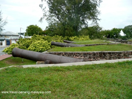 photo of the Cannons at Fort Cornwallis