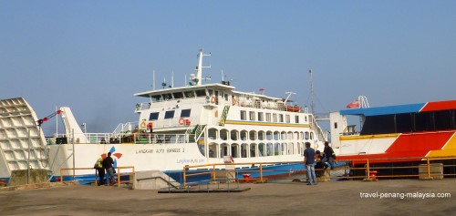 picture of the Langkawi Car Ferry at Kuala Perlis Jetty