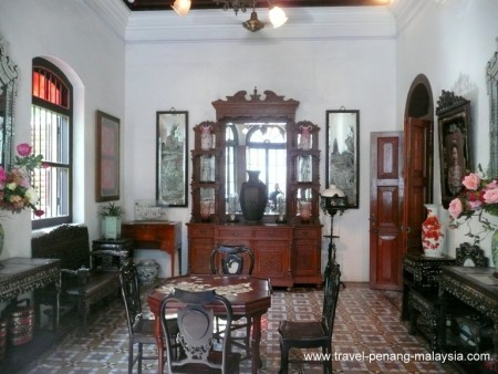 photo from inside the Pinang Paranakan Mansion