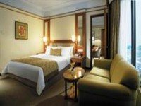 Traders Hotel Room