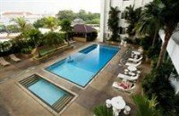 Swimming pool at the City Bayview Hotel in Georegtown Penang