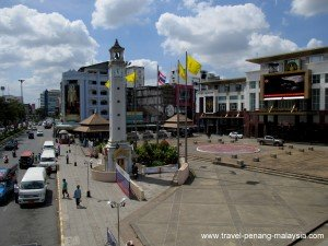 the clock tower in Hat Yai