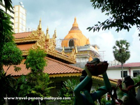 photo of the Dhammikarama Temple in Penang