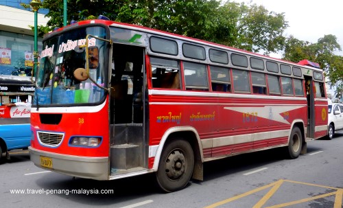 photo of the Hat Yai Padang Besar Bus