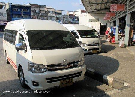 photo of a mini van from Hat Yai to Padang Besar border